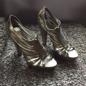 CITY STREETS GOLD HIGH HEELS